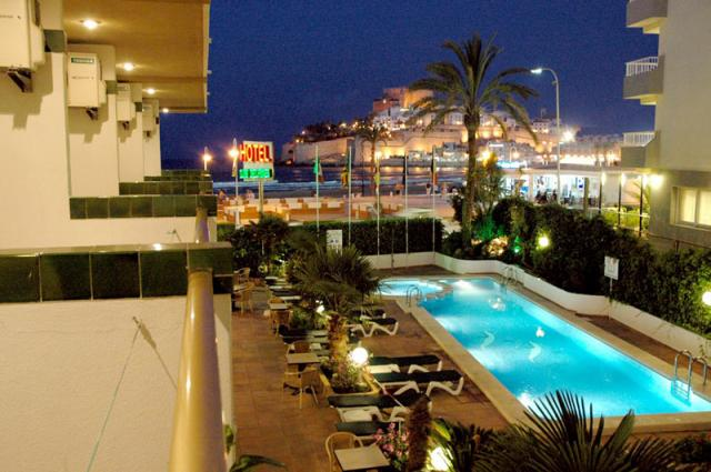 hotel aguazul en benidorm: