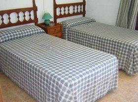 PACK HOSTAL+CENA COTILLON 119€ Foto 1