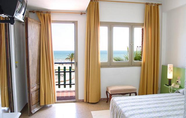 PACK HOTEL DELANTE DE LA PLAYA Foto 2
